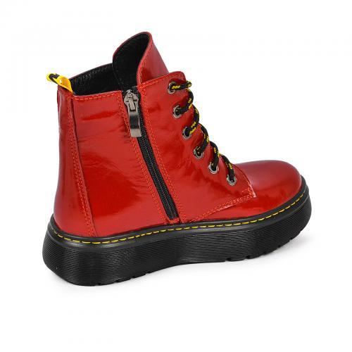 Ботинок 2005 красный лак