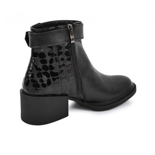 Ботинок 1975 черная кожа лак
