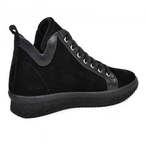 Ботинок  330 черный замш