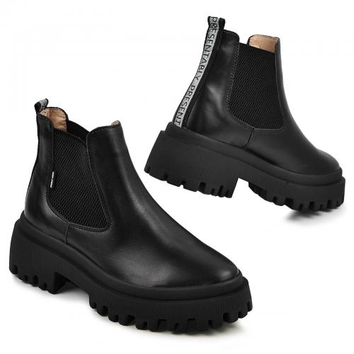Ботинок Санта черная кожа