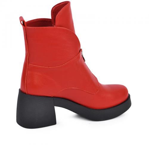 Ботинок Змейка красная кожа